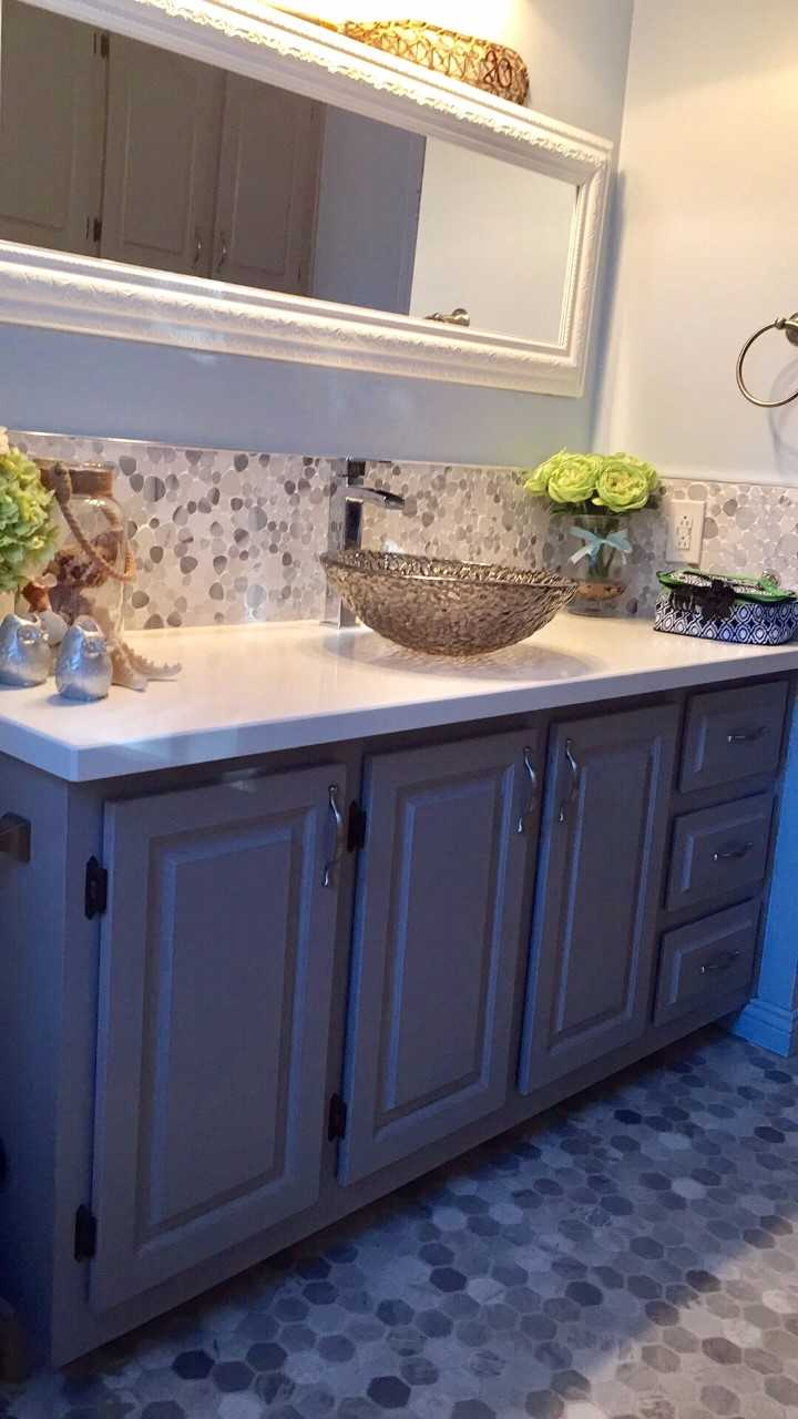 Paint your Kitchen and Bathroom Cabinets